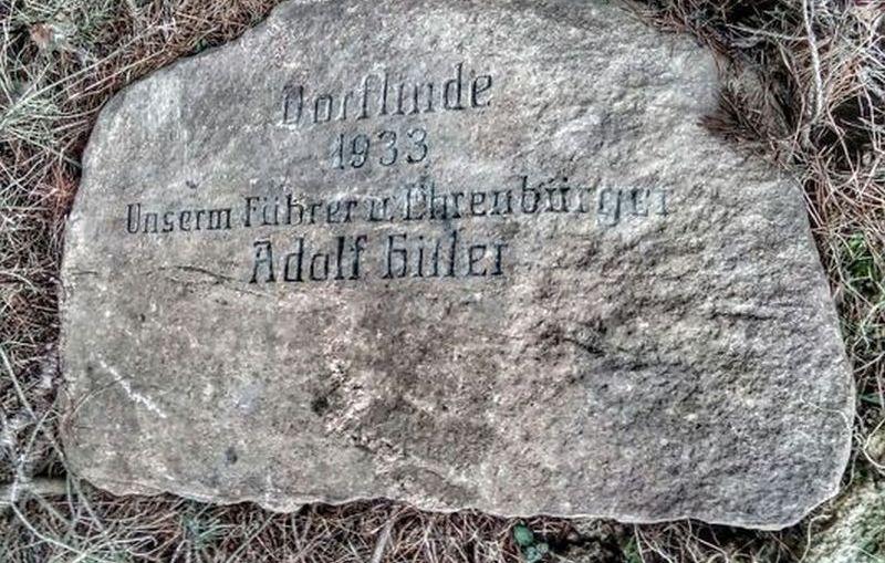 Pomnik Hitlera w Juszowicach. Niewygodne świadectwo historii