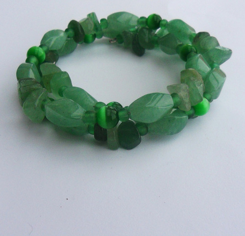 Being as Green Aventurine is a stone for prosperity; it can increase odds in games of chance as well.  It is also used for protection, and quartz inclusions within Green Aventurine have the ability to amplify energy as well.  -- Green Aventurine Metaphysical Properties