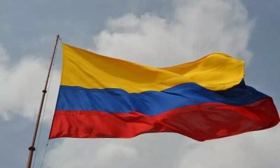 Bandera de Colombia 001A BBBas