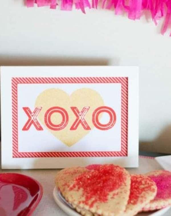 """Free """"XOXO"""" Printable from Elva M Design Studio"""