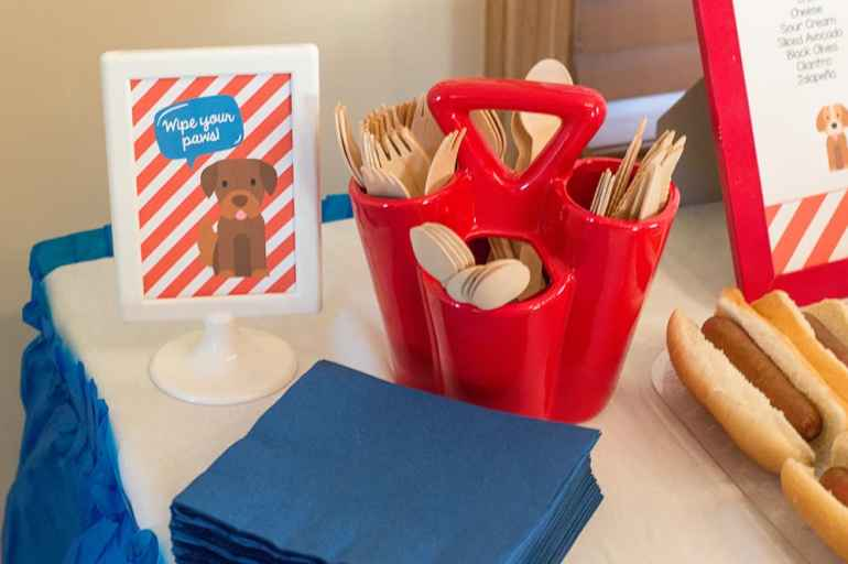 Wipe your paws sign by Elva M Design Studio, Utensil Holder from Sprinkles & Confetti