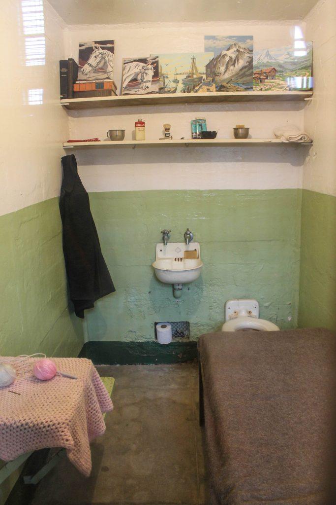 Alcatraz-41