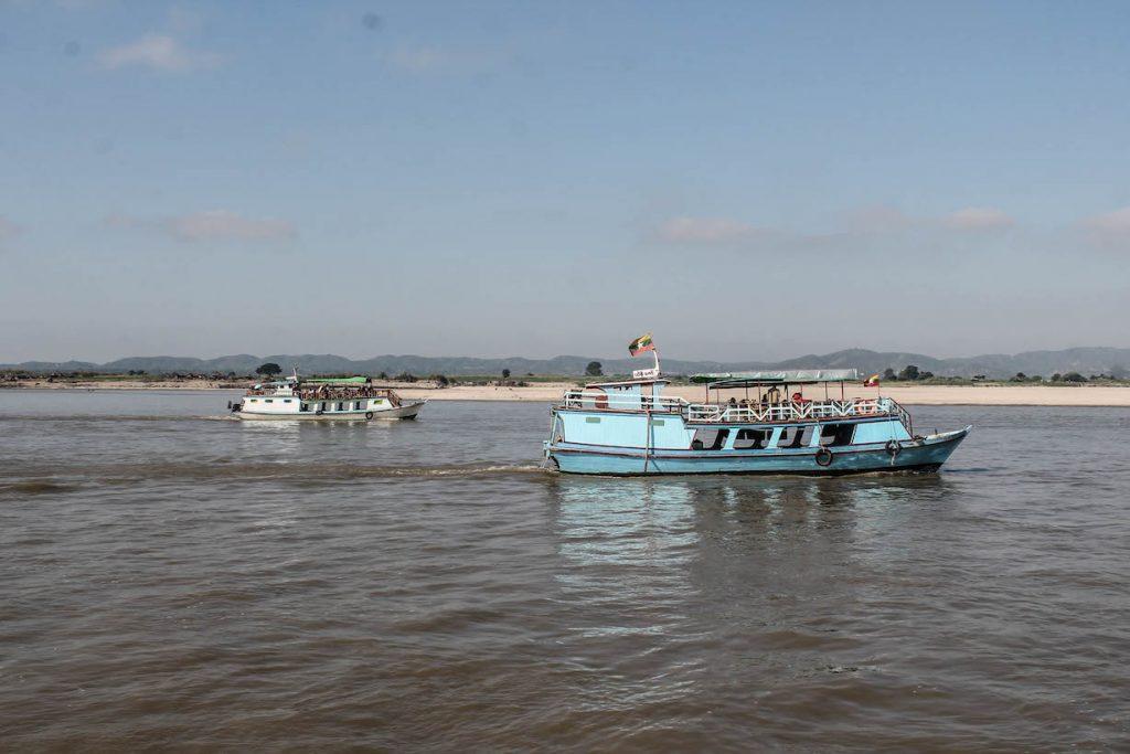 Barco a Mingun