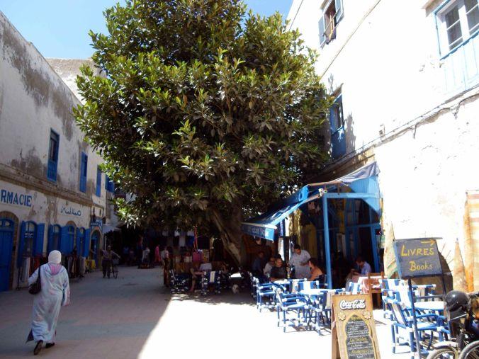 calle_essaouira_marruecos_elviajenotermina_blog de viajes