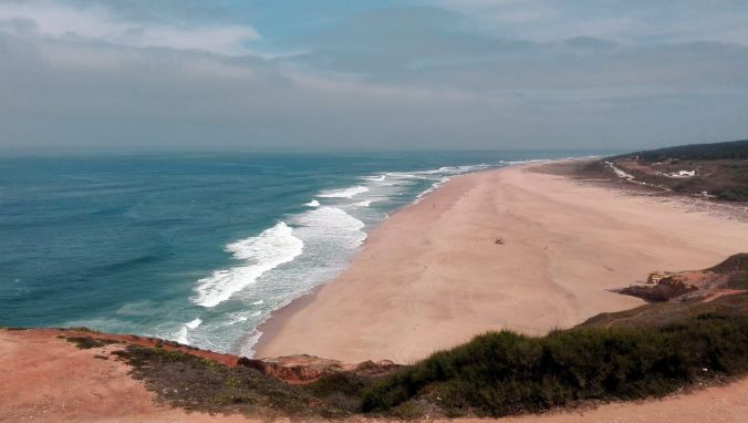 playa_norte_nazare_portugal_elviajenotermina_blog de viajes