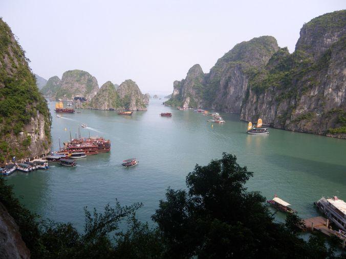 halong_bay_vietnam_elviajenotermina_blog viajes