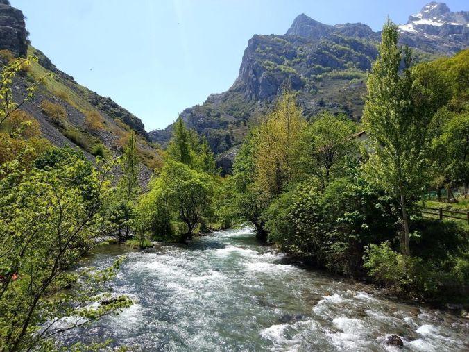 Principado de Asturias - El Viaje No Termina