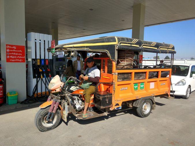 Transporte local - Birmania - Blog Viajes - El Viaje No Termina