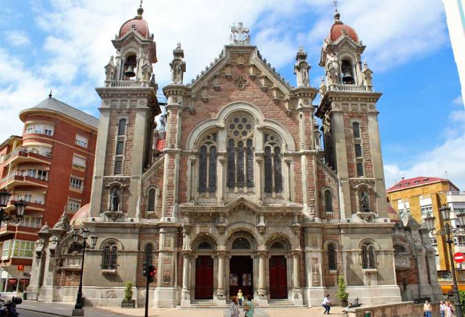 Iglesia San Juan - Oviedo - Asturias