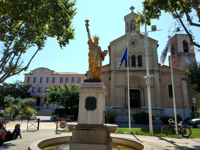 Saint Cyr sur Mer - Ruta Costa Azul Francia - El Viaje No Termina
