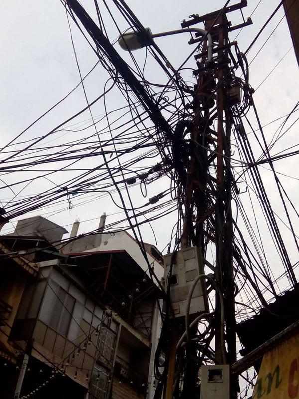 Tendido eléctrico en Hanoi