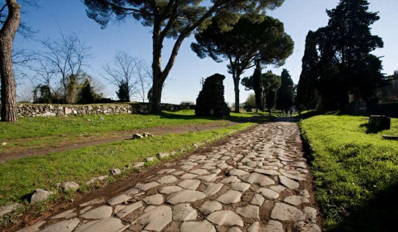 Vía Apia_Saliendo de Roma, camino del puerto de Brindisi_ Imagen de Google