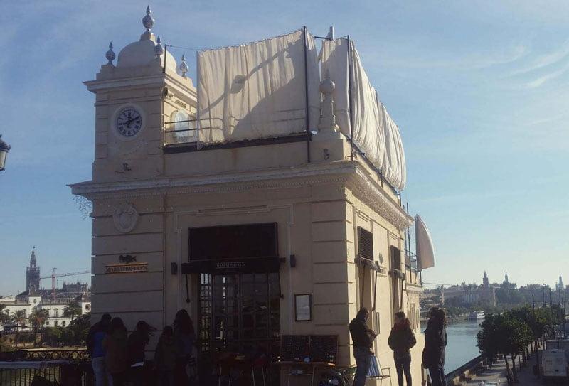Faro de Triana en diciembre de 2017