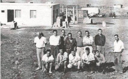 Avanzan los trabajos de construcción de las estación hidrofónica en Puerto Naos. Año 1963