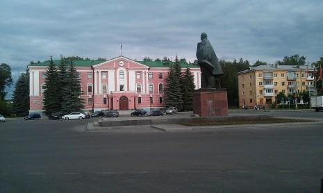office_building_on_lenin_square_snezhinsk