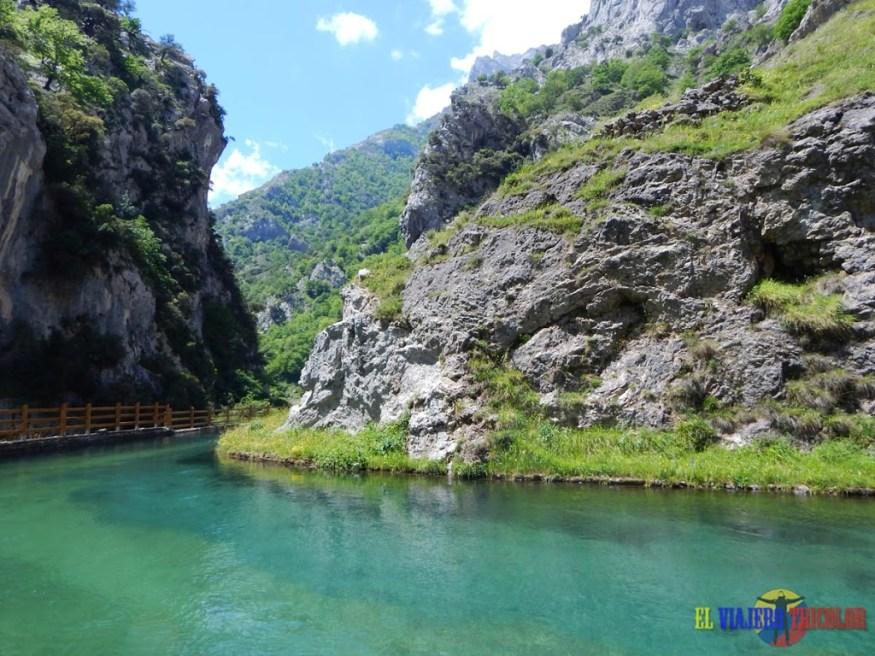 Canal Hidroeléctrica Ruta del Cares