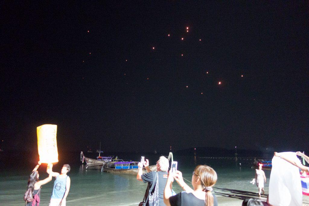 release fire baloon krabi