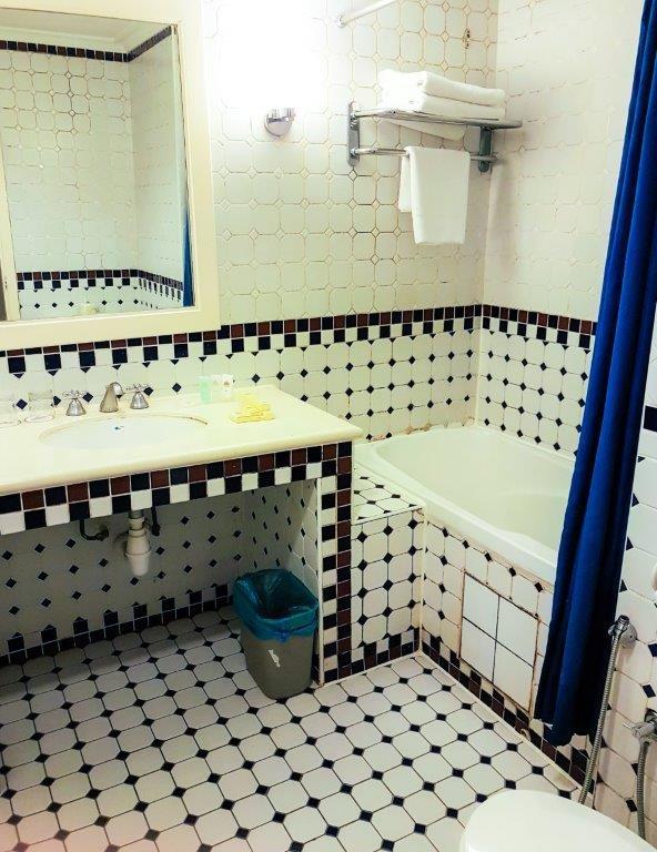 colmar bukit tinggi bukit tinggi resort berjaya hills resort bukit tinggi Bathroom