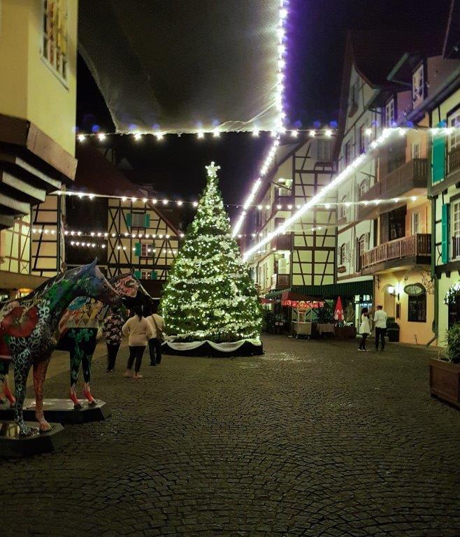 Colmar Tropicale Resort at Night Christmas Light berjaya hills