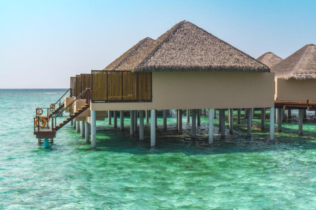 maldives hotels where to stay in maldives places to stay in maldives