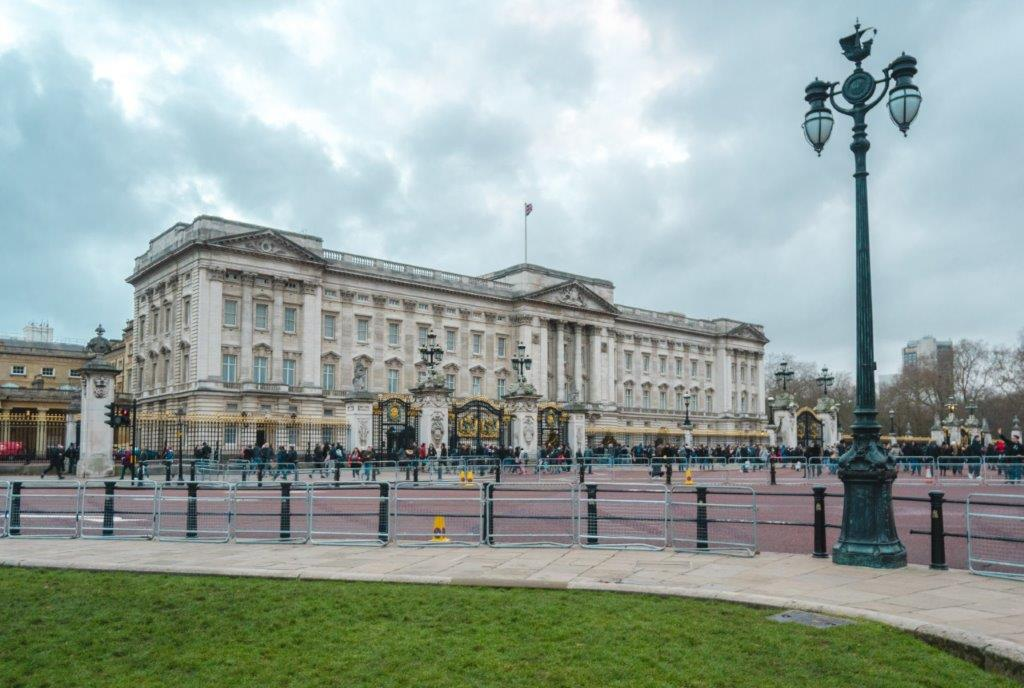 Buckingham Palace best things to do in london