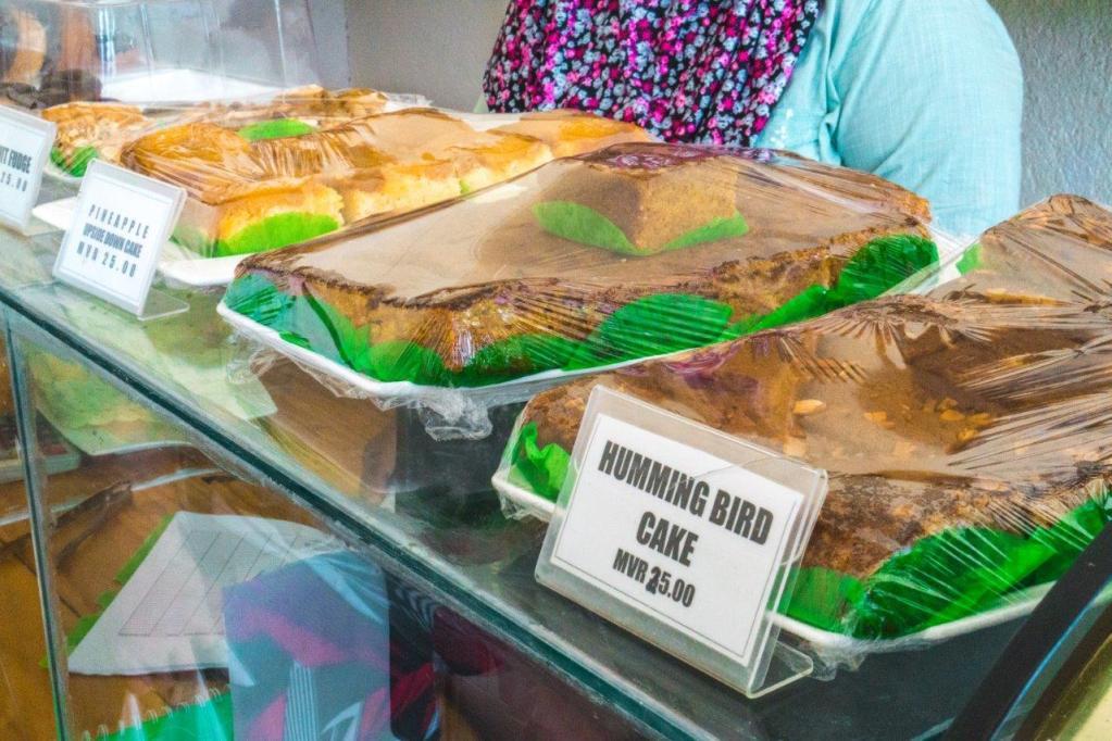 maafushi travel Bakeri shop maafushi