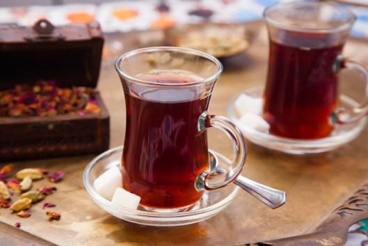 طريقة عمل الشاي التركي بالبخار