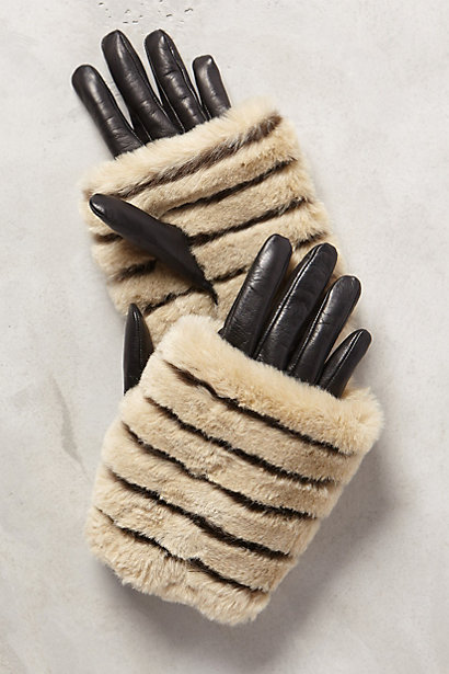 Antipova Cuff Gloves at ANTHROPOLOGIE.COM