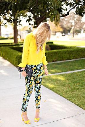 How To Style Printed Pants Like A Pro | elyshalenkin.com | Mind Body Soul Stylist