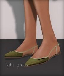 Line pointy flats - light grass