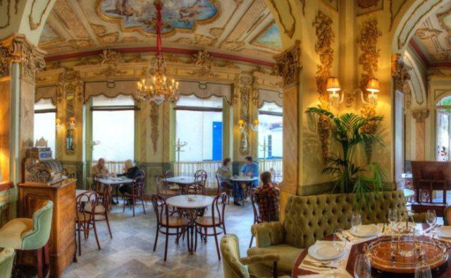 cafe royalti