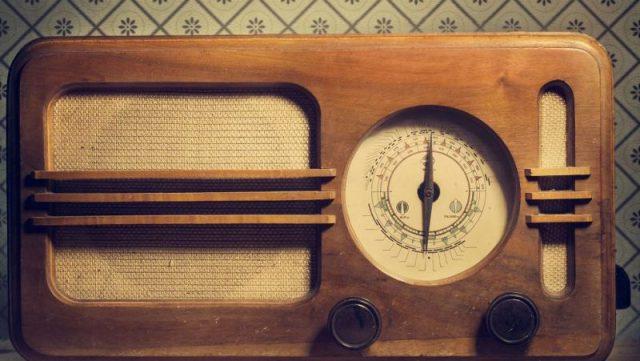 transistor radio vintage