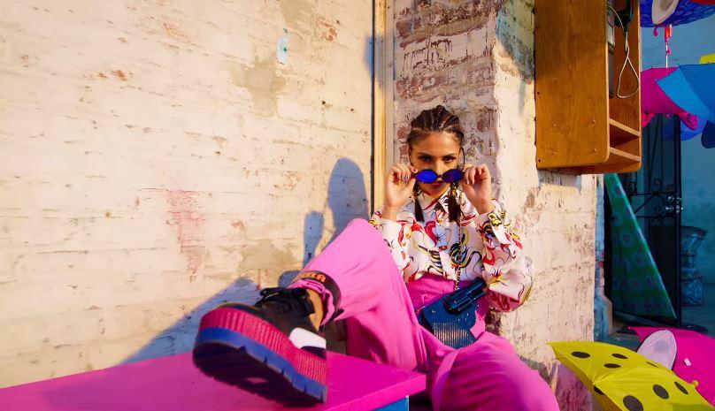"""Fotograma del videoclip """"Dura"""" de Daddy Yankee"""