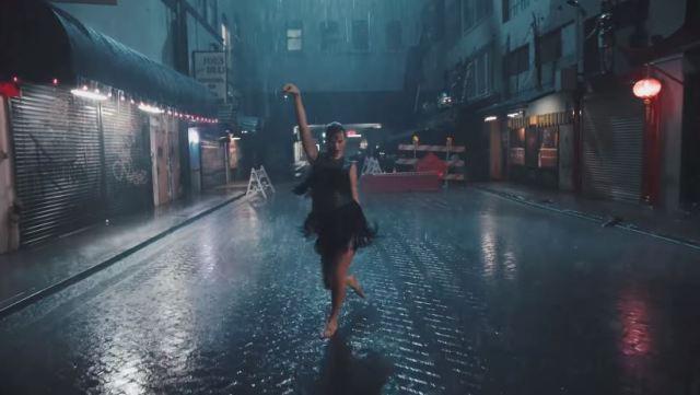 Taylor Swift demuestra cómo baila cuando nadie la ve en su nuevo videoclip