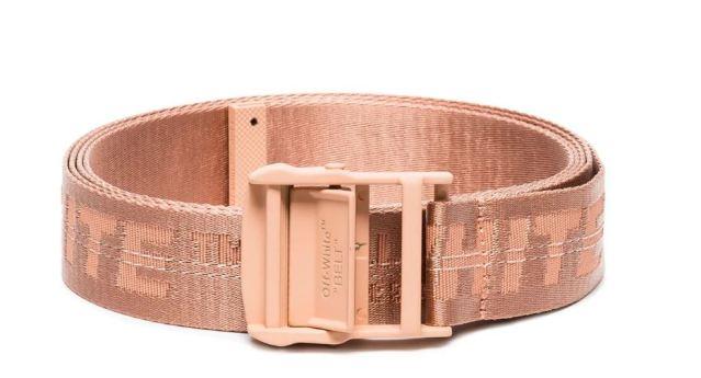 Nuevo cinturón Off-White industrial, en tono rosa salmón