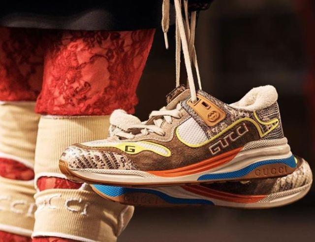¿Adiós a las Dad Sneakers? Gucci nos presenta un nuevo estilo de zapas en su nuevo desfile