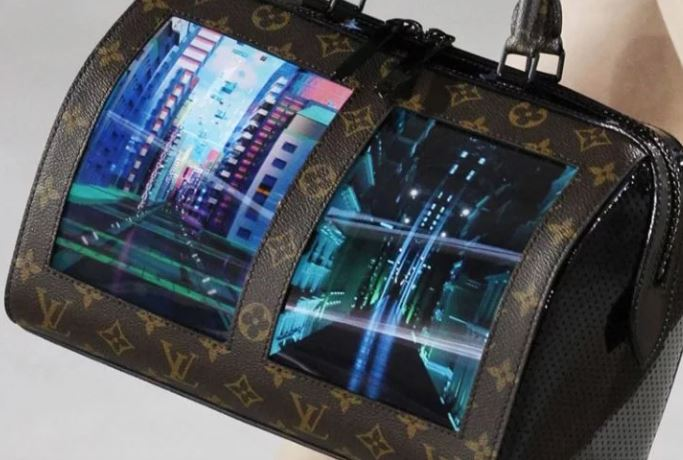 bolsos con pantallas OLED