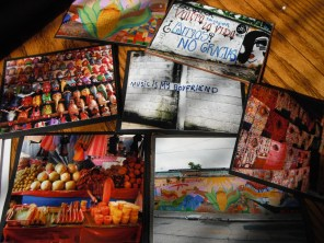 Guatemalan Graffiti and everyday life card collections