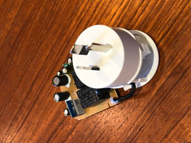 Arlec Smart Plug In Socket Circuit Board Topside View