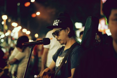 Folk Singer Jalan Alor