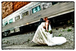 084B_Train_Kiss_BB