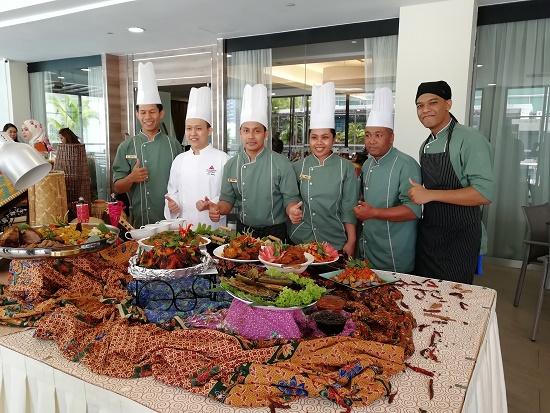 Jom Makan! Buffet Ramadhan Bazaria di Boulevard Hotel