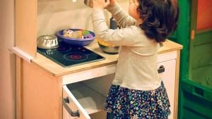 cocina-segura-bebe-7977748