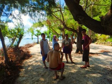 Menjangan Island. Photographer : Rangga, Model : Toto, Dimas, Dian, Sanny, John.
