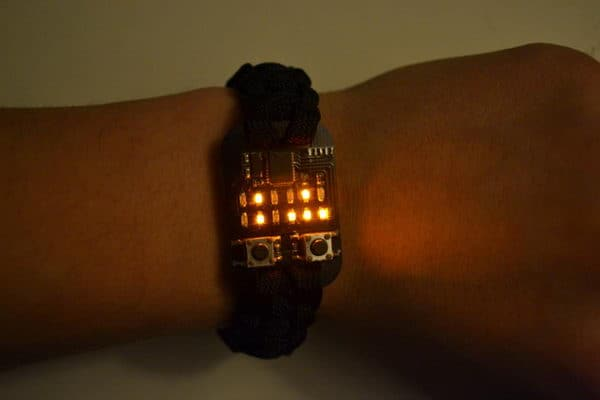 PIC_binary_wristwatch