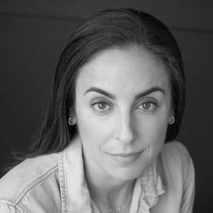 Jennifer Belcher Headshot