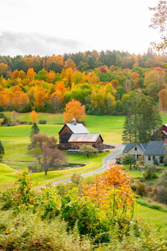 10+ Festive Things to Do in Vermont in the Fall