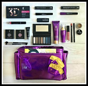 September 2017 Younique Presenters Kit Embracing Beauty with Kim Willis