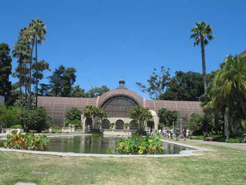 Botanical Garden Building