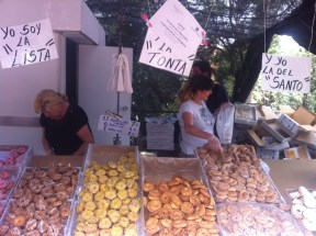 A rosquilla stand at the Pradera de San Isidro